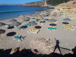 Zavial Beach Yoga Surf Fun Algarve Quinta Al Gharb 5 private Bungalows